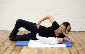 esercizi-dopo-il-parto-accantoalladonna