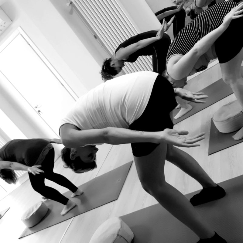 Yoga in gravidanza a Udine - Accanto alla Donna